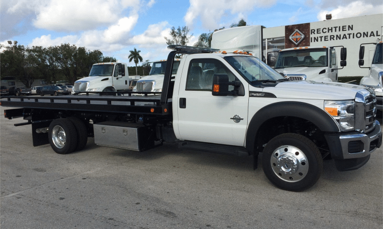 Flat-Bed-Tow-Truck near Tempe